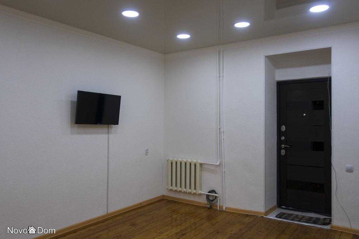 Снять офис 3-комнаты 1000 у.е на м.Космонавтов Ц-7 в Ташкенте